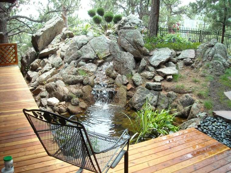 Cascadas y cataratas en el jard n 63 ideas refrescantes for Construccion estanque jardin