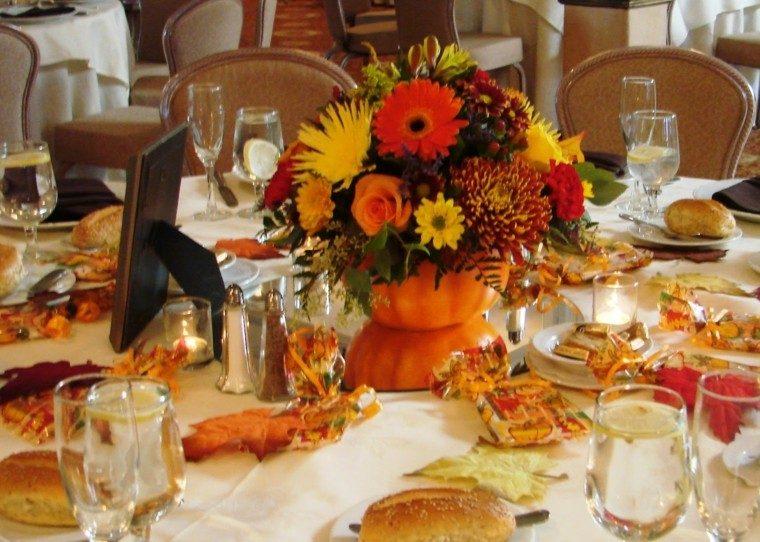 fiestas otono decoracion original calabaza ramo flores ideas