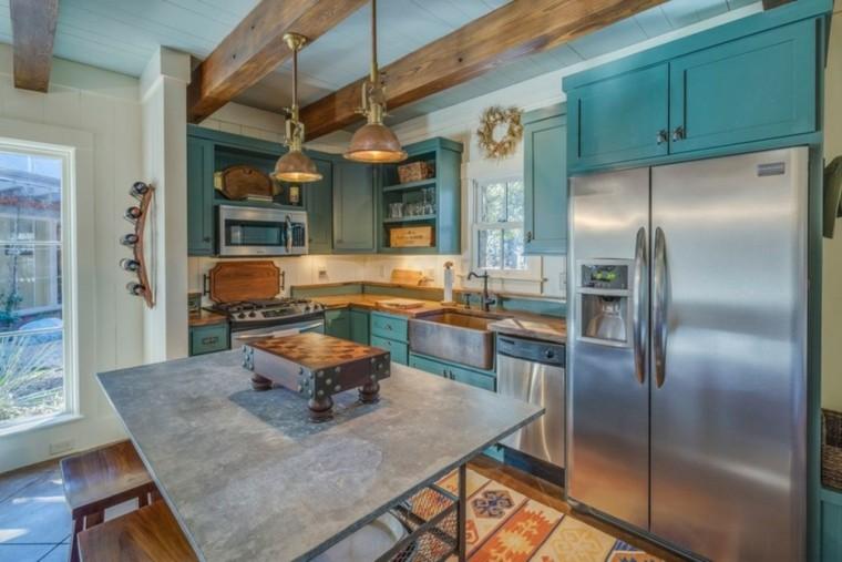 fragaderos cobre cocina armarios azules isla ideas