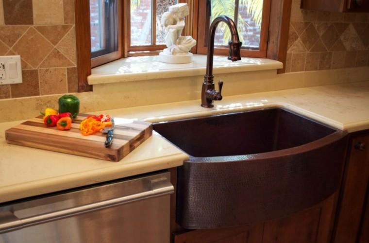 fragaderos cobre cocina encimeras blancas ideas