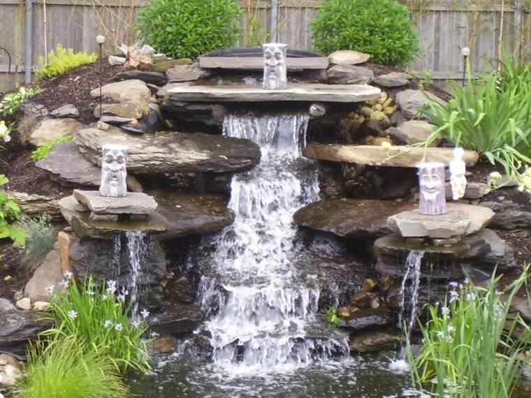 fuente grande cascada agua figuras