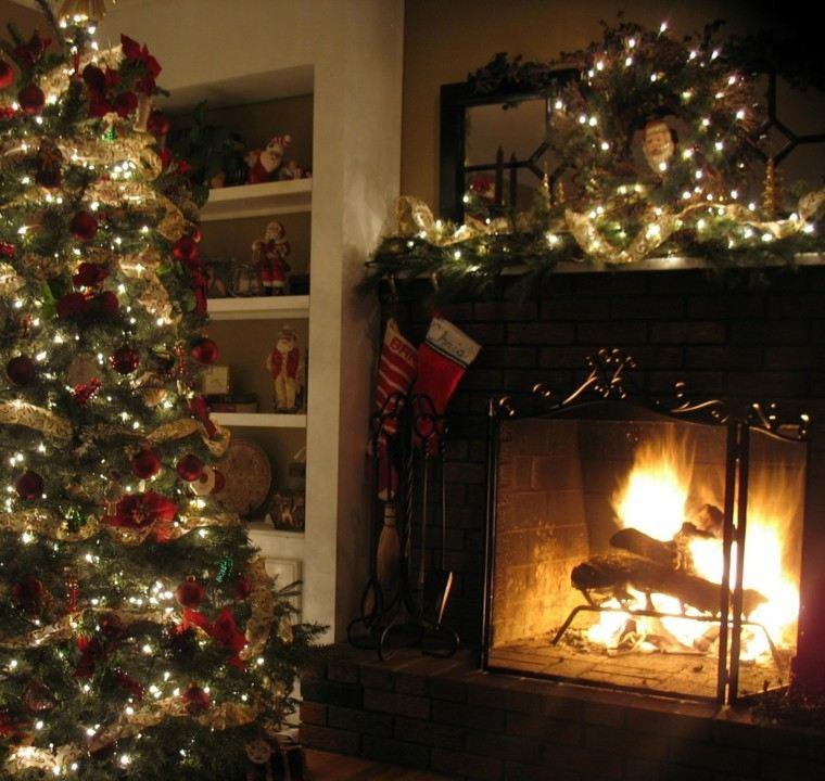 guirnaldas de luces decora chimenea salon casa ideas