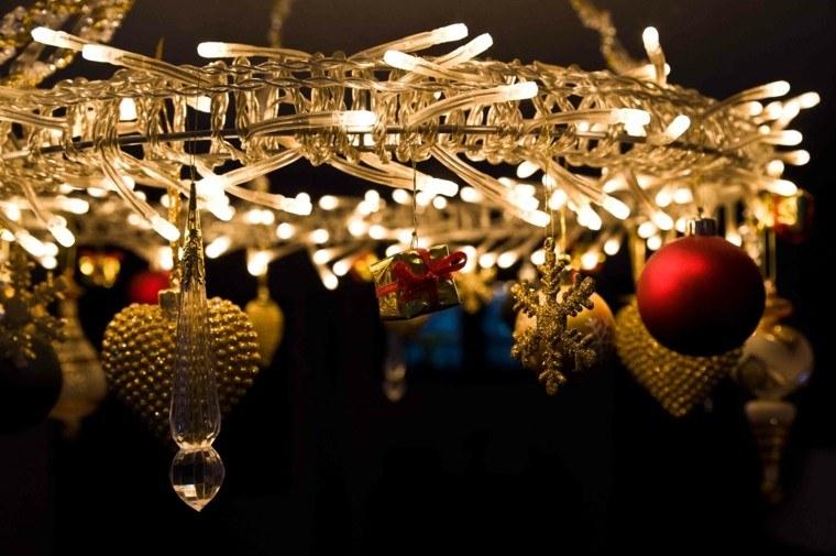 guirnaldas de luces decora lampara casa moderna ideas