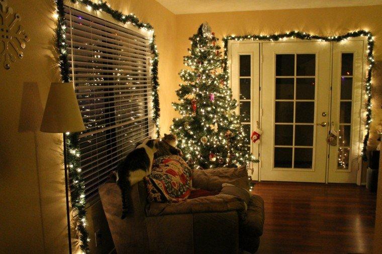 guirnaldas de luces decora ventanas salon casa ideas