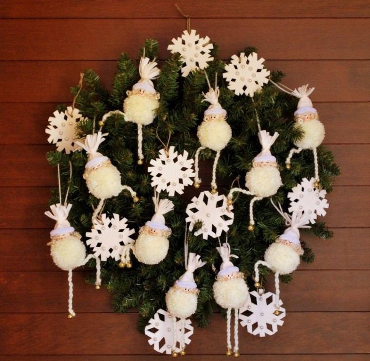 guirnalda navidad adornos blancos puerta entrada ideas