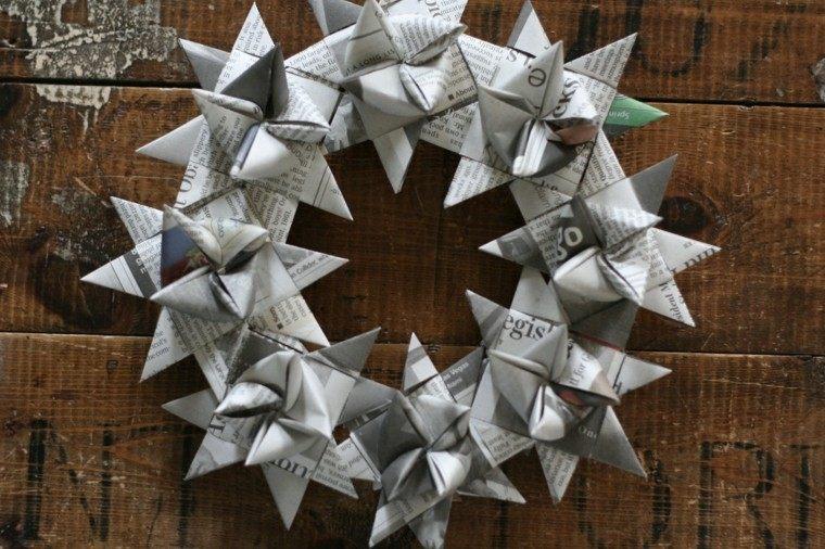 guirnalda navidad flores papel periodico original ideas