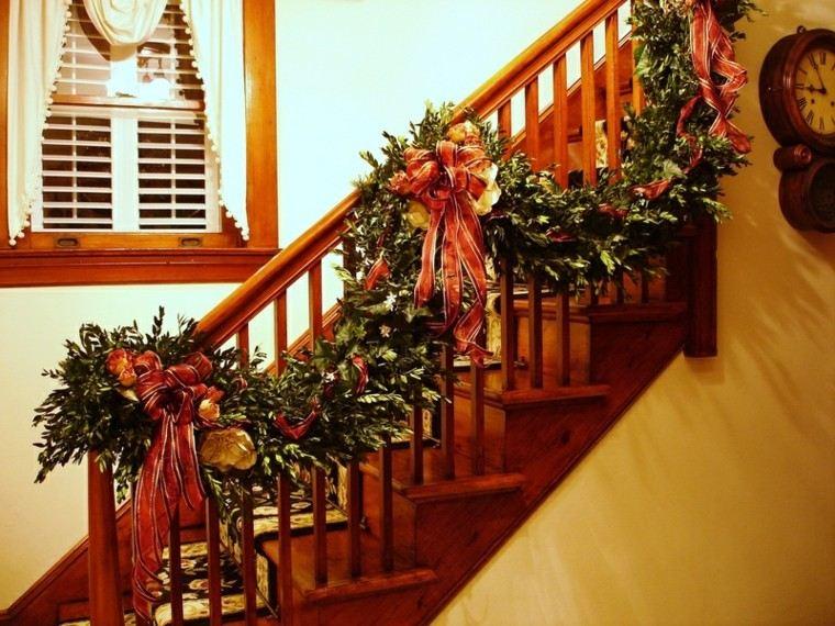 ideas para decorar escaleras navidad ventanas cortinas