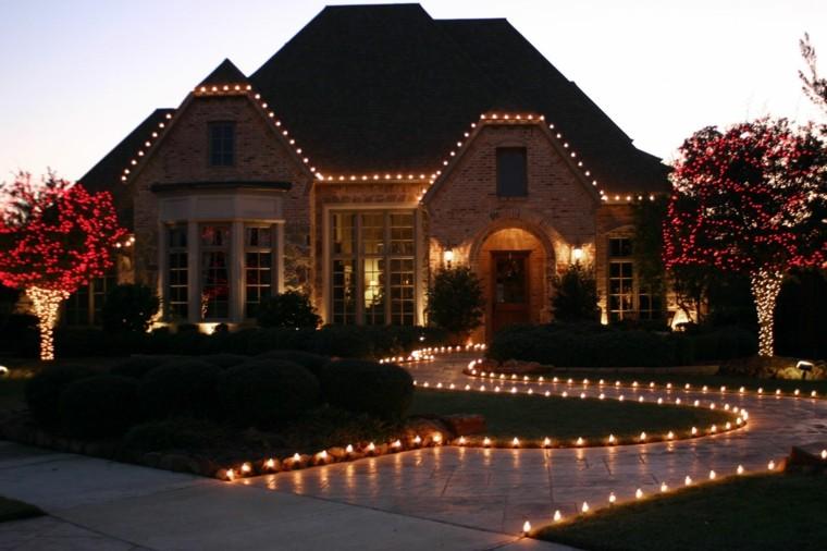 iluminacion exterior decoracion navideña luces camino entrada ideas