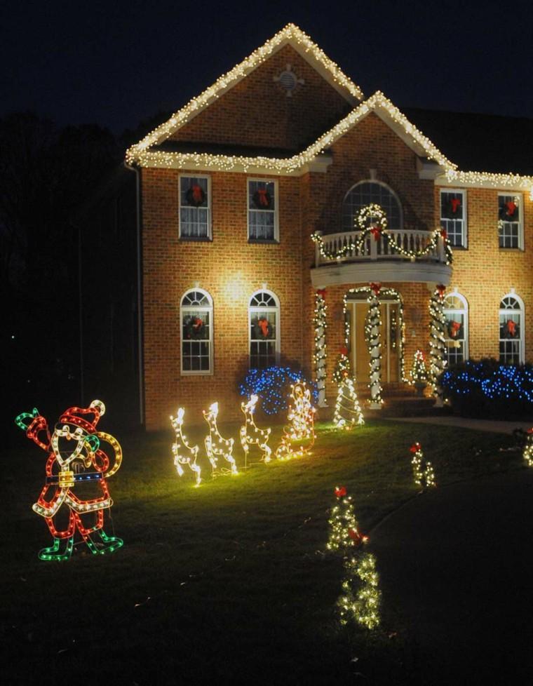 iluminacion exterior decoracion navideña luces renos ideas