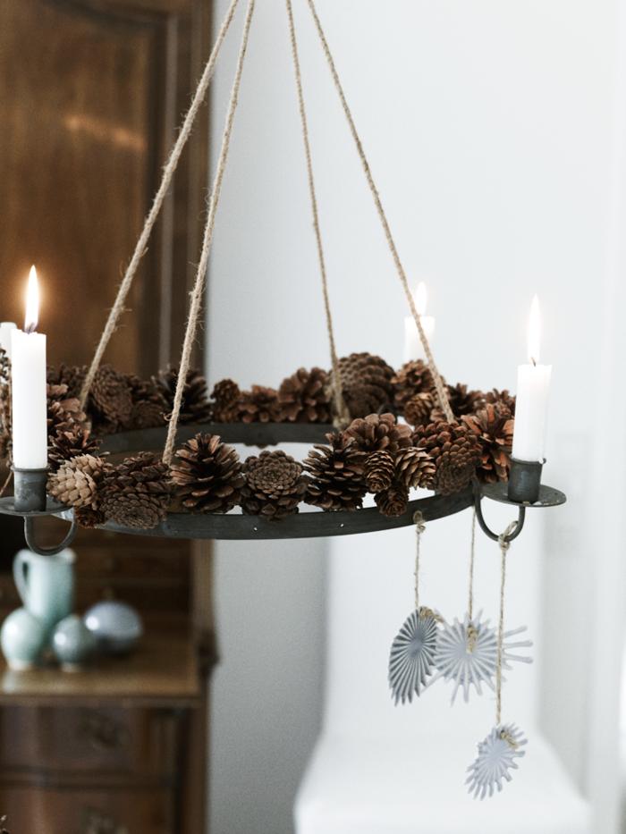 lampara velas piñas pino cuerdas