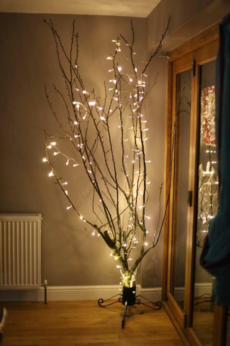 luces de navidad ideas estilo ramas secas acogedor