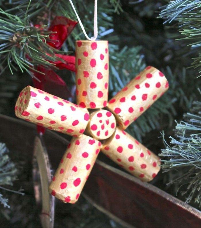 manualidades corcho adornos navidenos estrella puntos rojos ideas