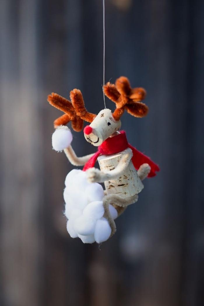 manualidades corcho adornos navidenos reno colgar arbol ideas