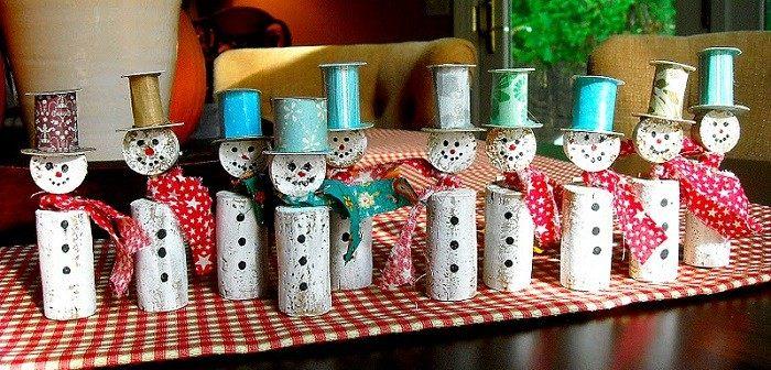 manualidades corcho adornos navidenos hombres nieve ideas