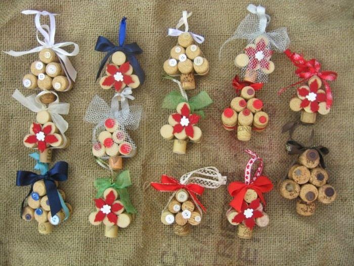 Manualidades navidad original con adornos de corcho - Decoracion de navidad manualidades ...