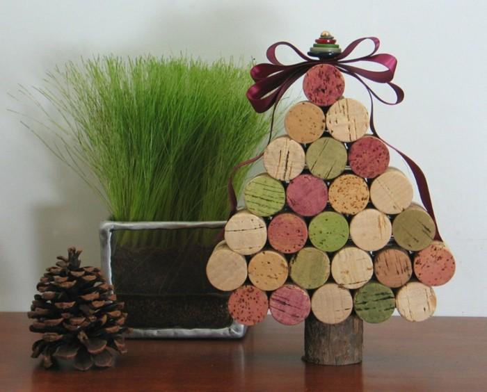 Manualidades navidad original con adornos de corcho for Decoracion de navidad manualidades