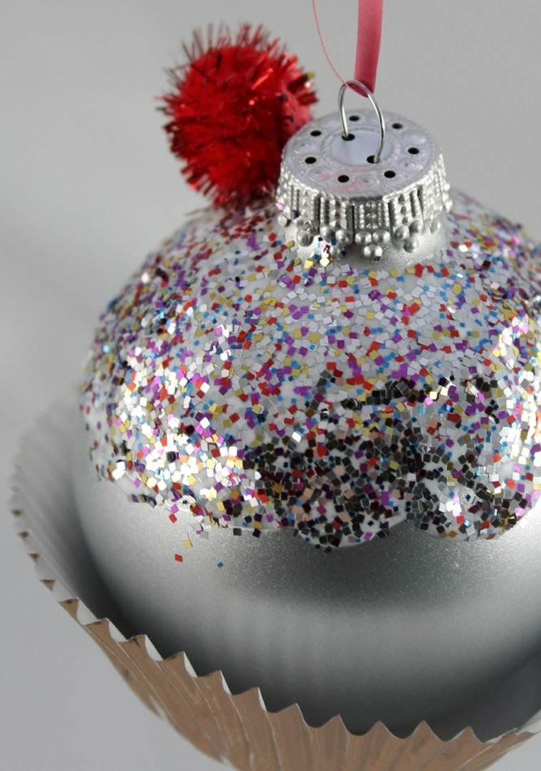 manualidades navideñas decoración hecha casa bola brillante ideas