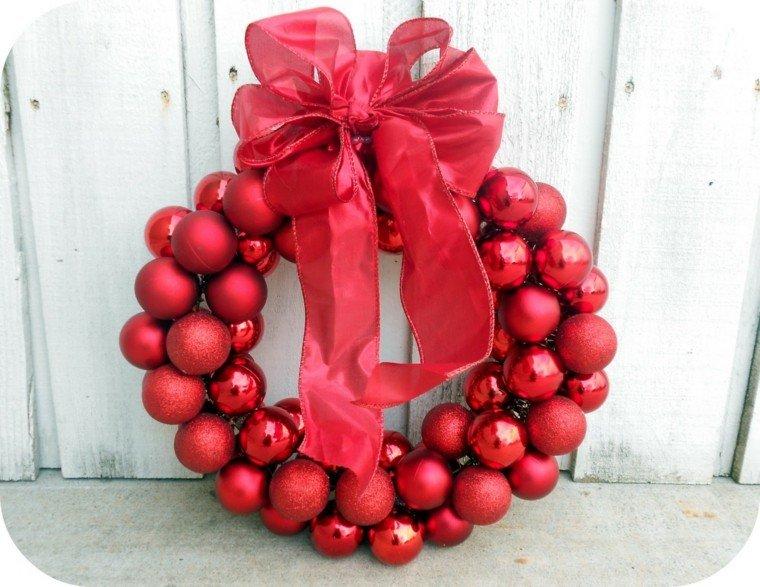 manualidades navidenas decoracion hecha casa bolas rojas ideas