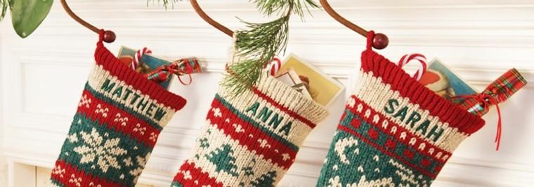 medias navidad llenas regalos lana