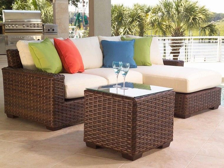 Muebles mimbre dentro y fuera de la casa moderna for Sofa mimbre terraza