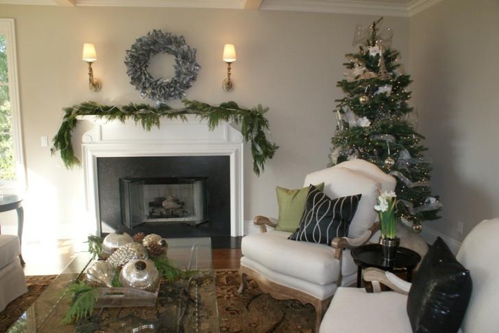 navidad decorada ramas verdes