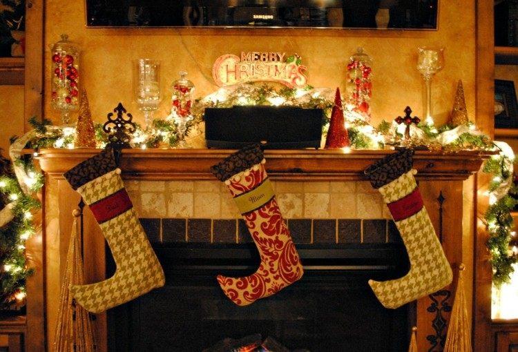 originales calcetines regalos chimenea
