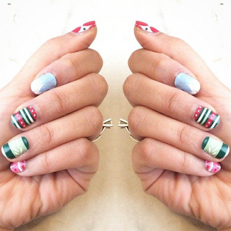 originales diseños uñas navidad