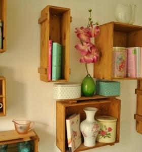 Manualidades con madera ideas de muebles que puede recrear for Jardinera palet bricomania