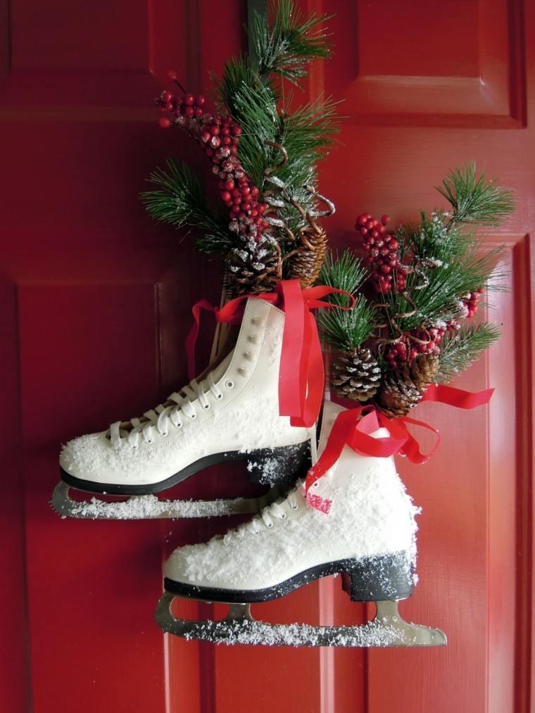 patines hielo decorando puerta entrada casa ideas