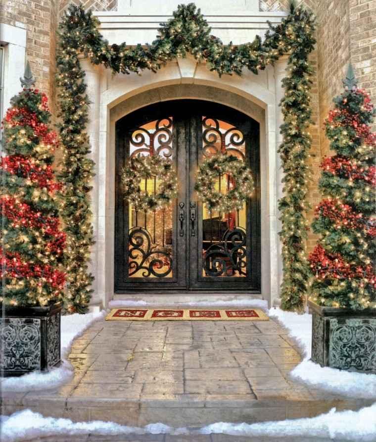 porche puerta de entrada ideas decoracion navidena mediterranea original