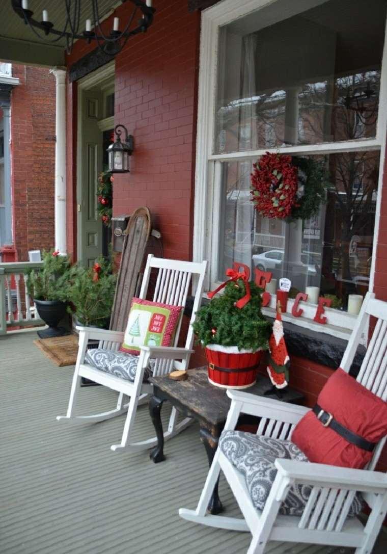porche puerta de entrada ideas decoracion navidena sillas blancas original