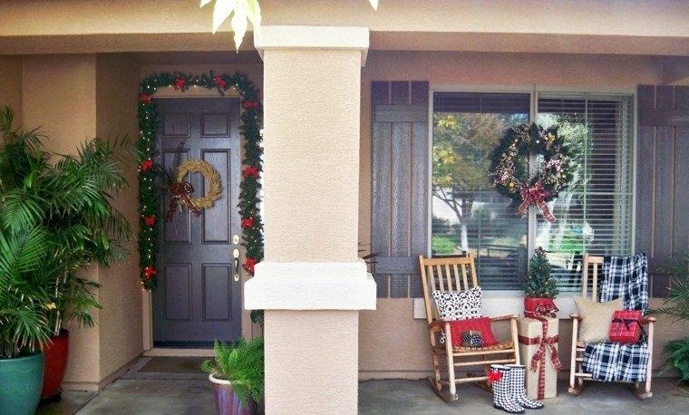 porche puerta de entrada ideas guirnalda ventana original