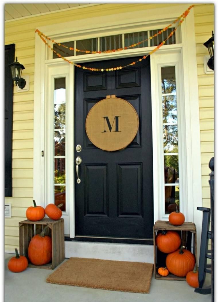 porches decoracion puerta oscura cadenetas
