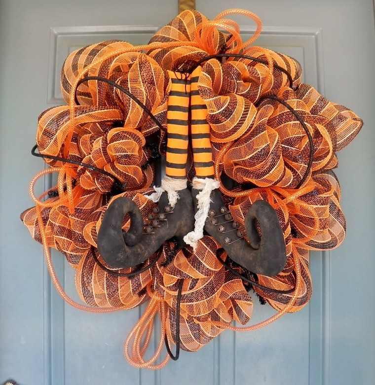 puertas entrada decoradas guirnaldas tela ideas