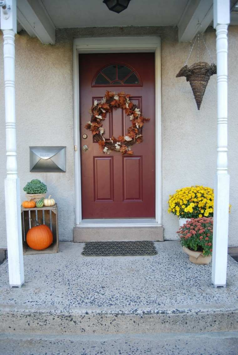 decorar puertas de entrada flores