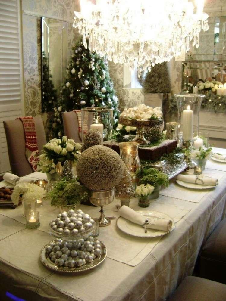 Recetas navide as para decorar la mesa en plata y verde - Decorar mesas navidenas ...