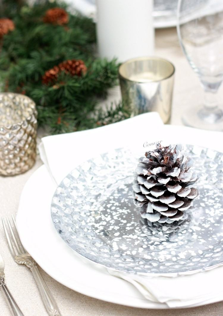 recetas navideñas decorar mesa pina pino color plata ideas