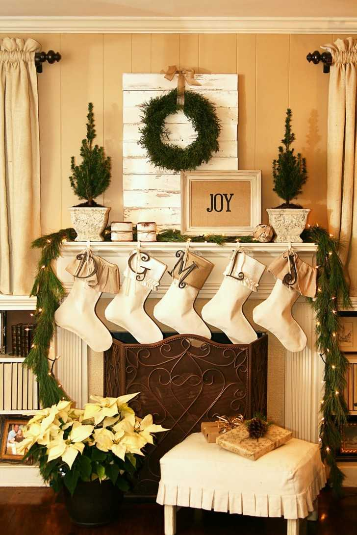 Como decorar un salon para la navidad 50 ideas - Como decorar un salon con chimenea ...