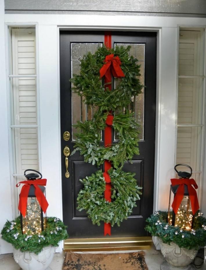 Porche de entrada decorado para la navidad 50 ideas for Puerta xor de tres entradas