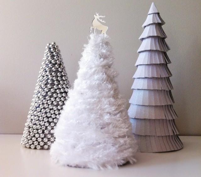 tres abetos diseo casero plumas necesita un rbol de navidad - Arbol De Navidad Casero