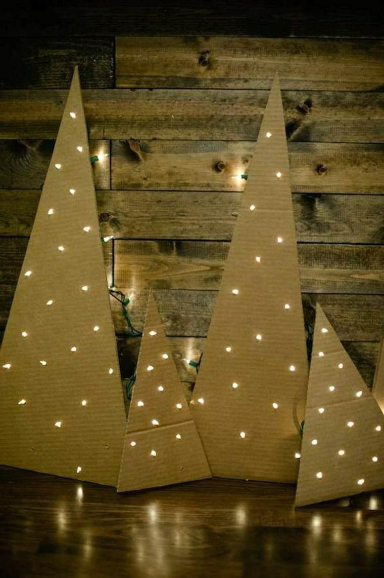 abetos navidad carton luces blancas