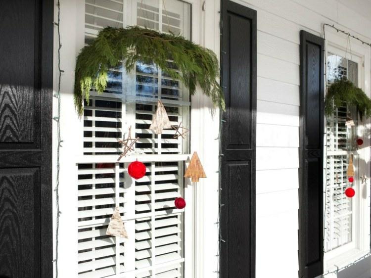 adornos navideños ventanas guirnaldas blanco