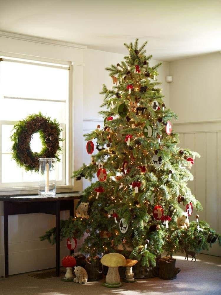 adornos navideños ventanas pinos luces