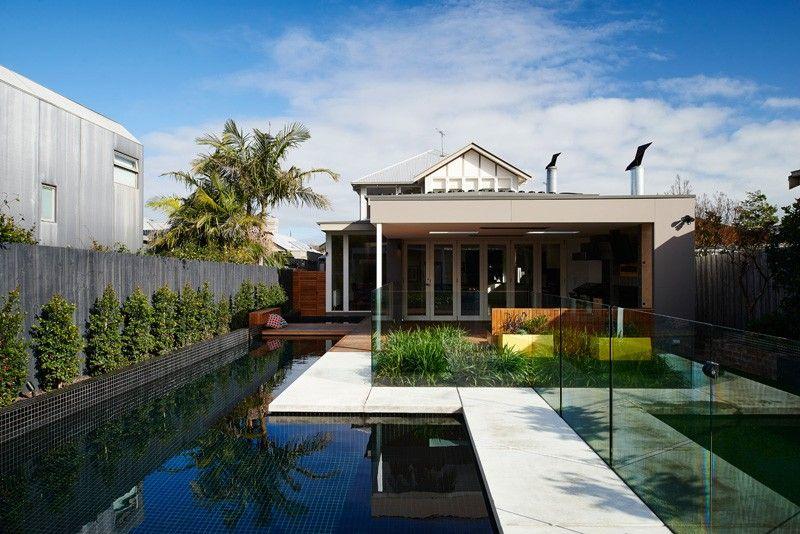 area piscina casa jardin amplio ideas