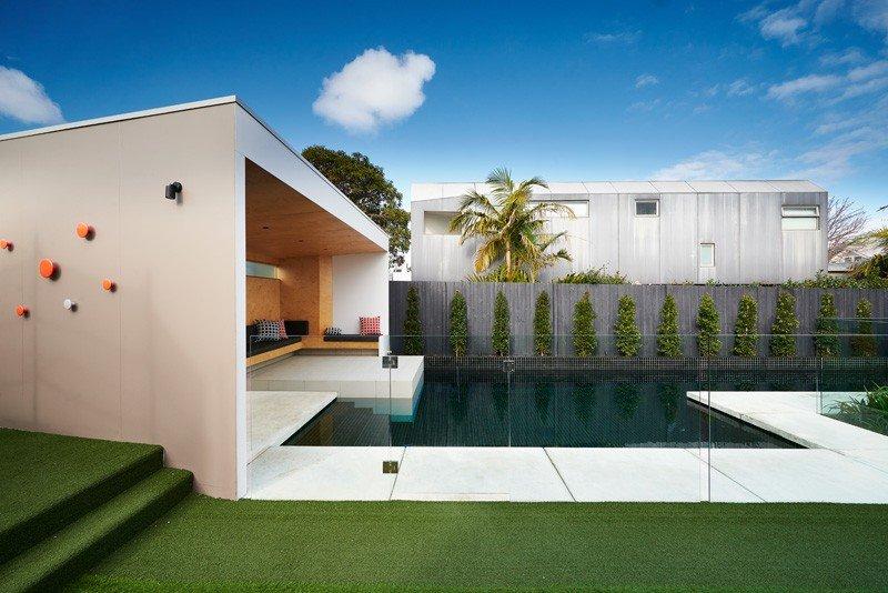piscina casa jardin cesped ideas