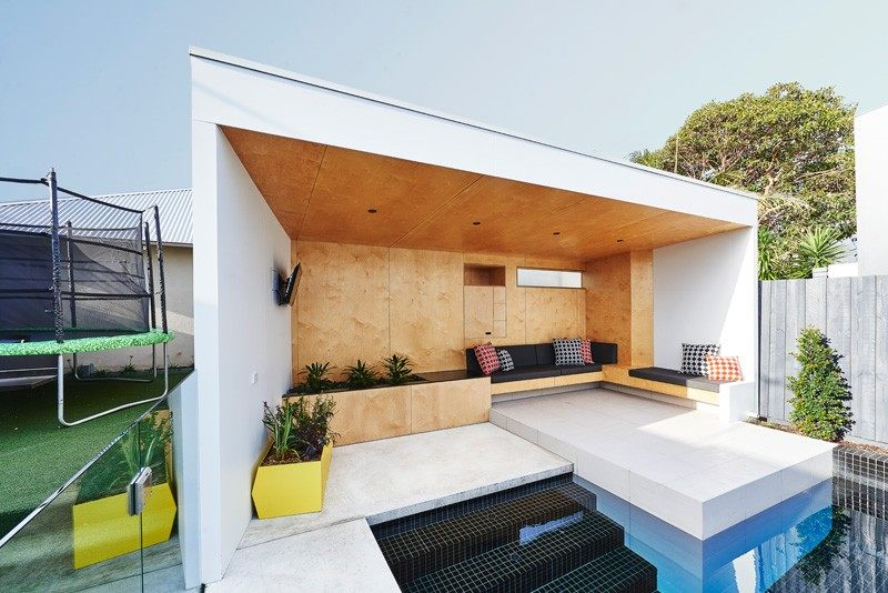 piscina casa jardin paredes madera ideas