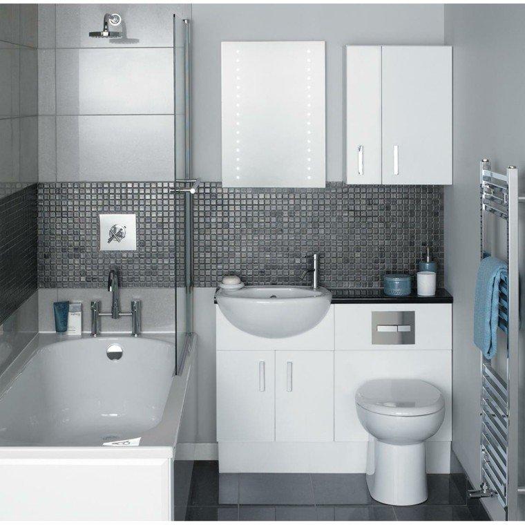 baño pequeño blanco gris