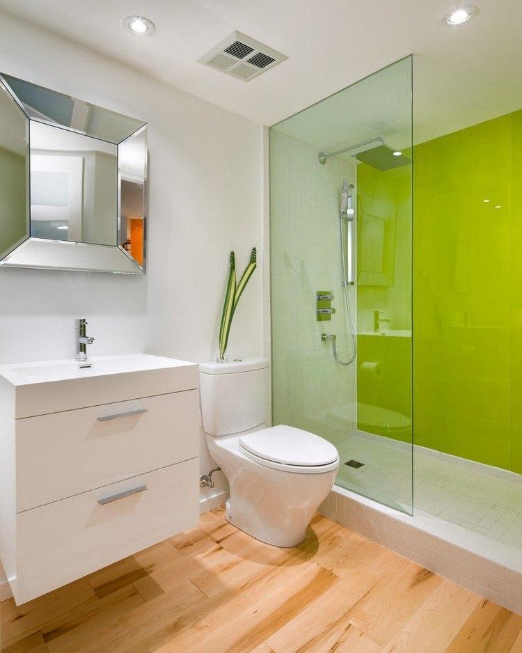 baño color verde luces techo