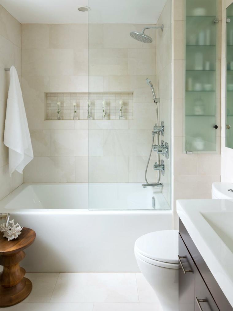 baños pequeños azulejos colores claros