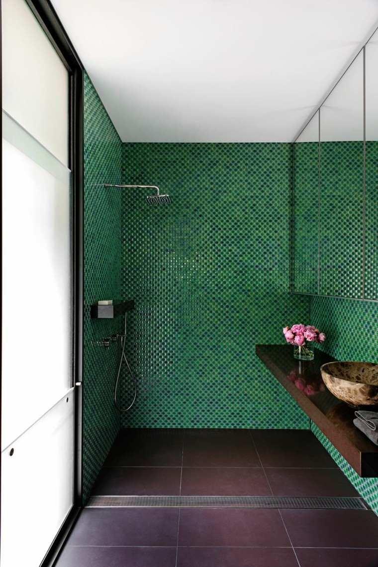 Imagenes De Baños Color Verde:losas verdes en la pared del baño moderno